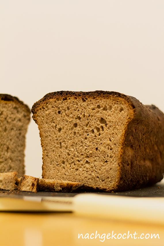 Sauerrteig Toast